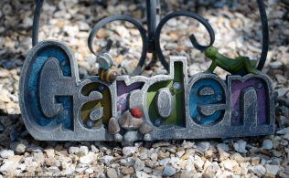 Garden & Art Tour